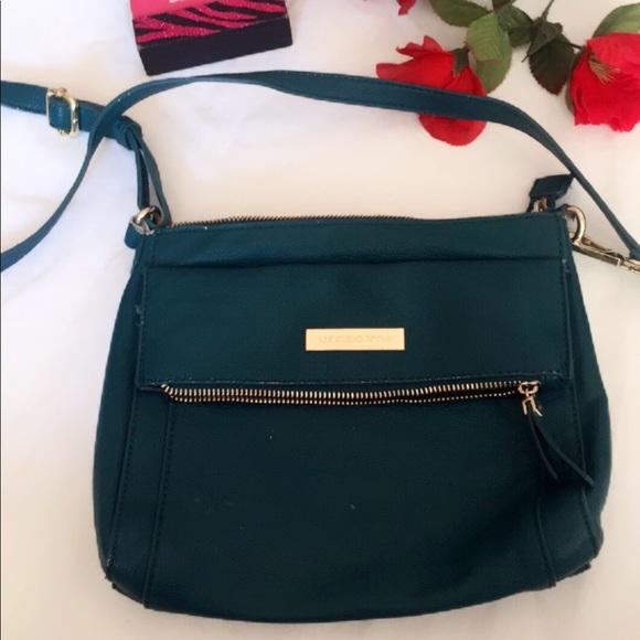 Liz Claiborne Handbags - Liz Claiborne Cute Teal Shoulder Bag